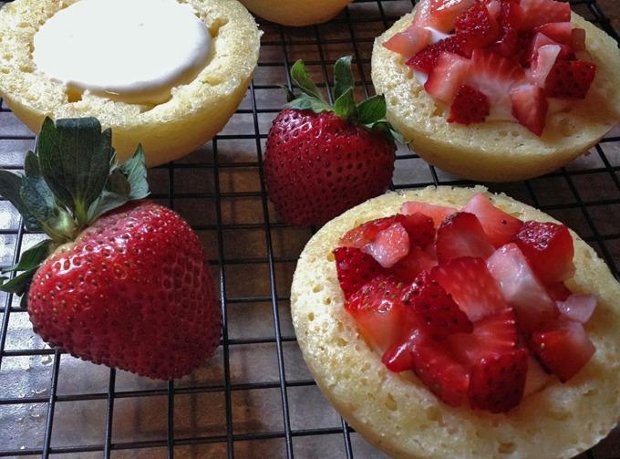 Strawberry Lemon Cake Bowls Slider - Practical Savings
